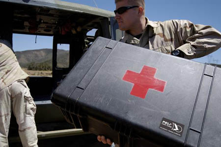 peli-1650-case-military-first-aid-use.jpg