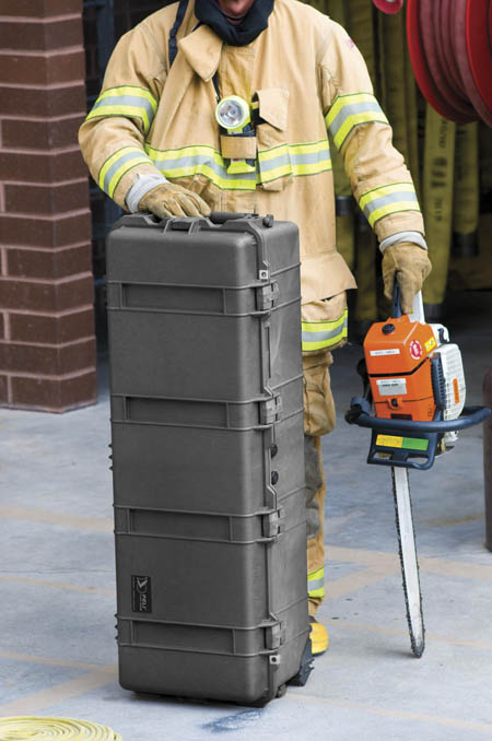 peli-1740-long-case-firefighter.jpg