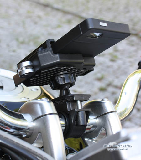 peli-ce1020-bike-phone-mount-on-guzzi-450x511px.jpg