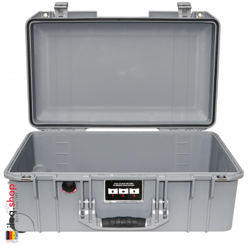 peli-1535-air-carry-on-case-silver-2-3