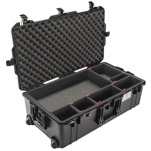 1615 AIR Check-In Case, PNP Latches, With TrekPak Divider, Black