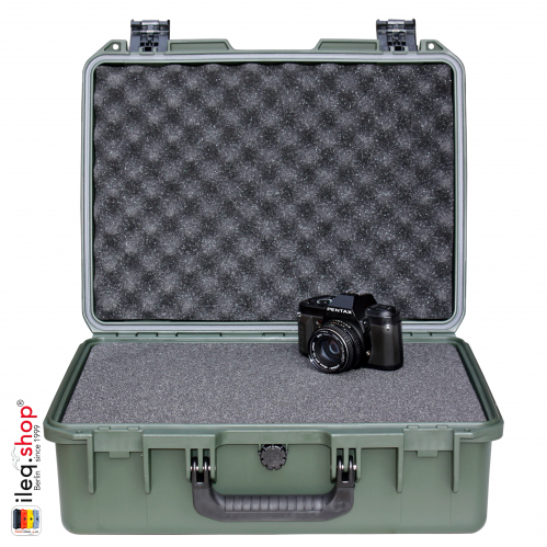 peli-storm-iM2400-case-olive-1-3