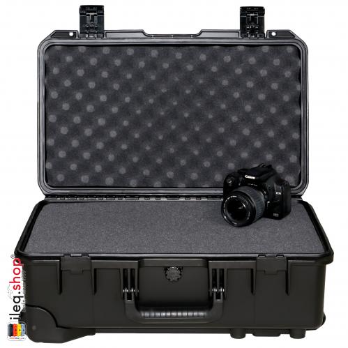 peli-iM2500-storm-case-black-1-3